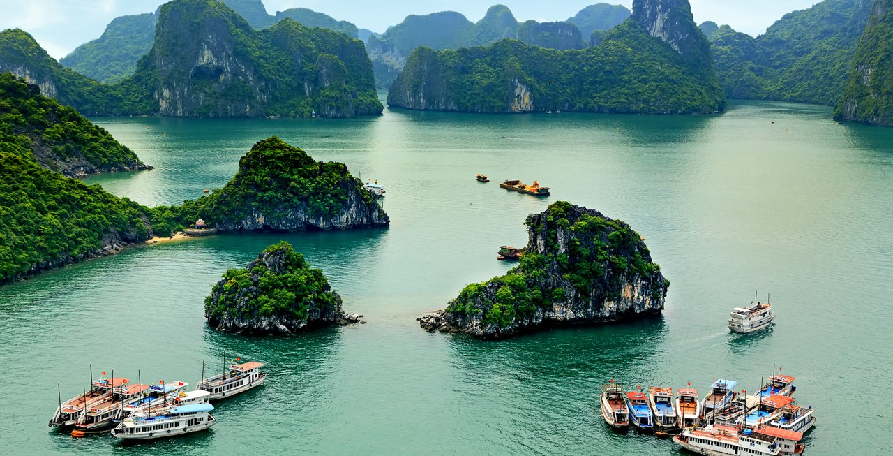Top famous places for enjoying a honeymoon in Vietnam