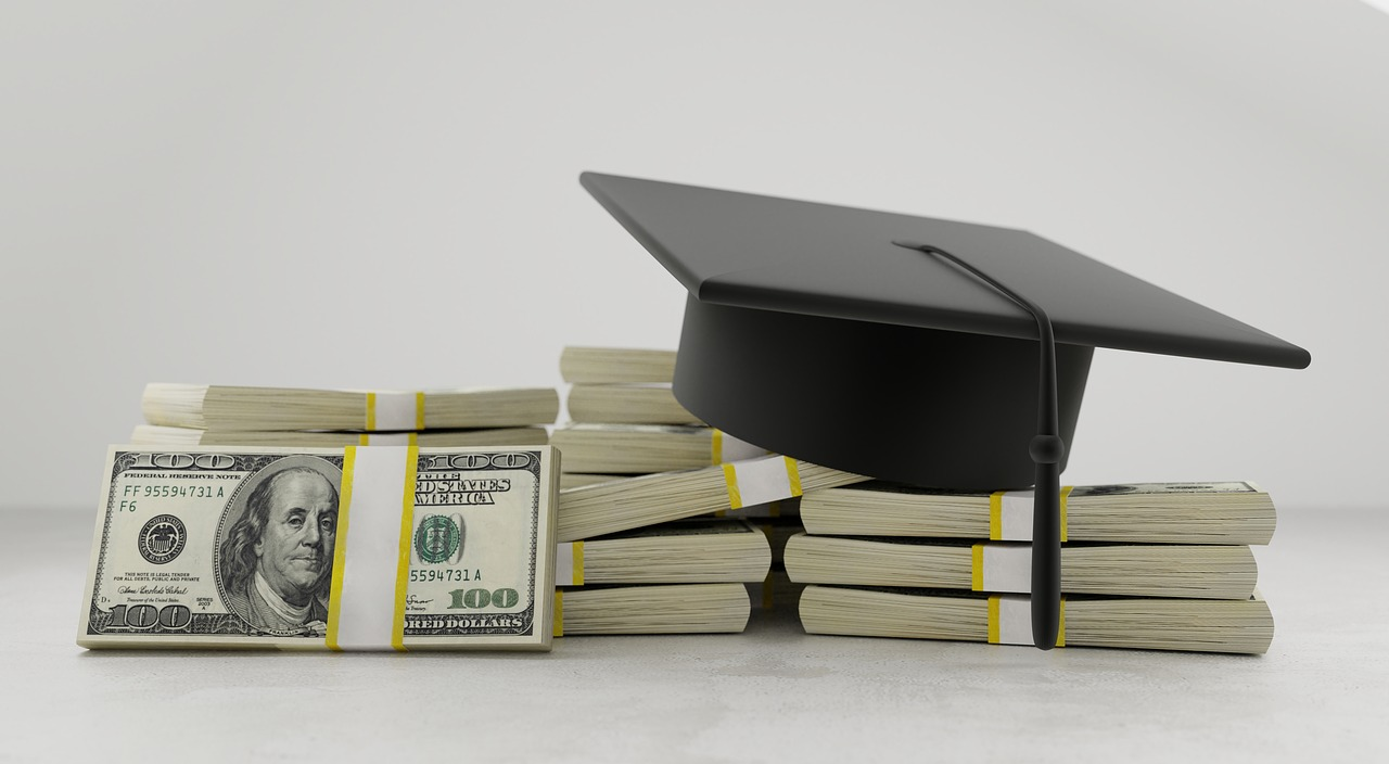 Things to consider before taking overseas educational loans