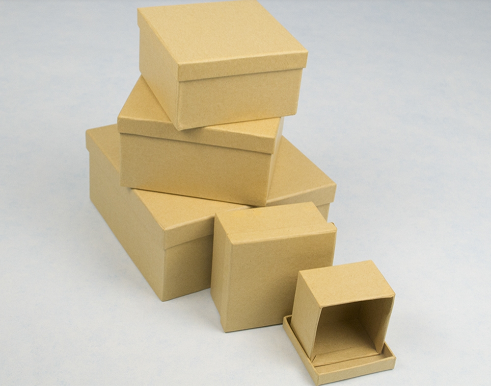 square box with a ladder top