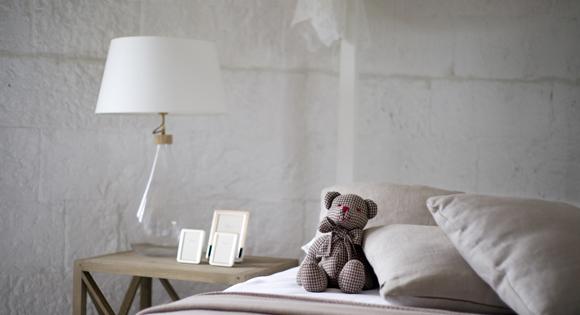 8 Trending Bedside Table Lamps
