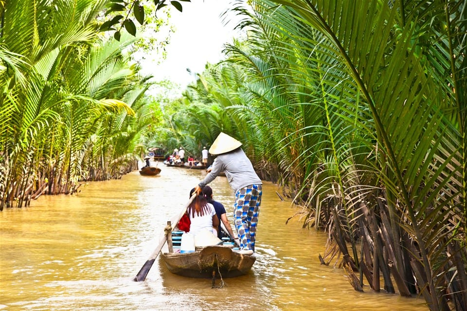 Useful tips you need to know when traveling alone in Mekong Delta
